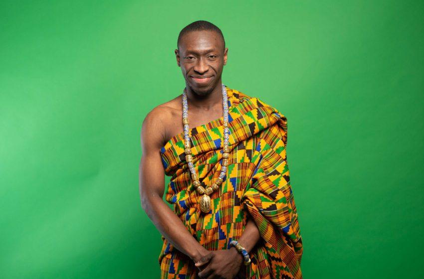 Rencontre avec Alex l'Humoriste, «  J'ai quitté le Togo mais le Togo ne m'a jamais quitté »