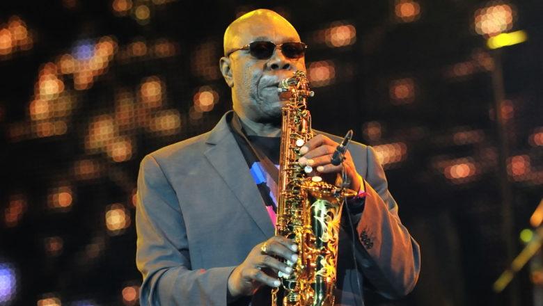 Le saxophoniste Manu Dibango est décédé suite à l'infection par le Covid-19