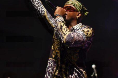 Le jeune talent du rap africain Ténor, victime d'un grave accident